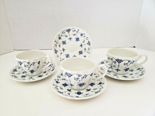 Vintage Yorktown Salem China- Teacups(3) & Saucers(4) - Blue And White - England