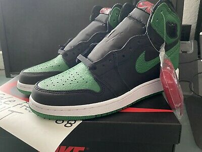 Nike Air Jordan Retro 1 High OG GS Size 6- Pine Green