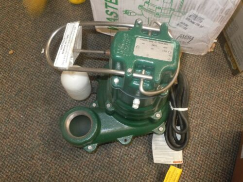 "ZOELLER M267 Waste-Mate 1/2 HP 2"" Auto Submersible Sewage Pump 230V Vertical"