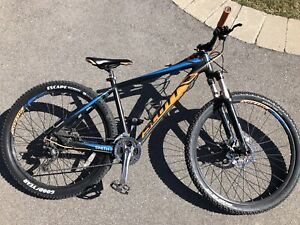 "2017 Scott Aspect 730 27.5"" size medium mountain bike"