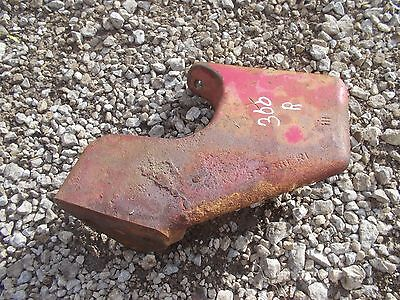 International 300 Utility Tractor Ihc Ih Front Right Main Brace Bracket