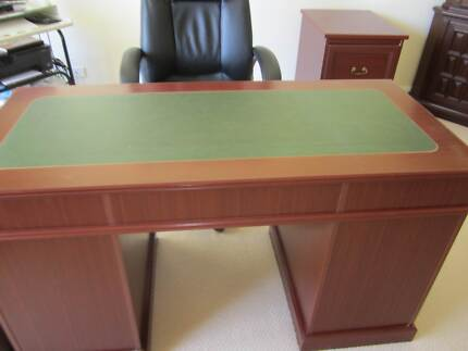 Desk and 2 matching filing cabinets Terrey Hills Warringah Area Preview