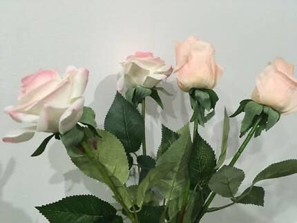 Fake Roses - 4 pieces
