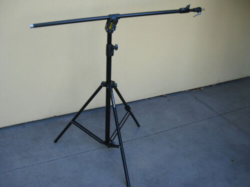 Manfrotto 420B Combi Boom Stand - Black - Aluminum - with Sandbag
