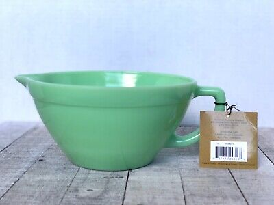 Fire Glass Collection (FIRE KING JADEITE Heavy Glass Collection Green Batter Mixing Bowl Spout Handle  )