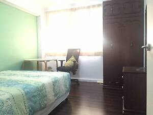 room flat single on 20 Feb Bondi Junction all bills incl Bondi Junction Eastern Suburbs Preview
