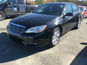 Chrysler 200  Touring 4 portes