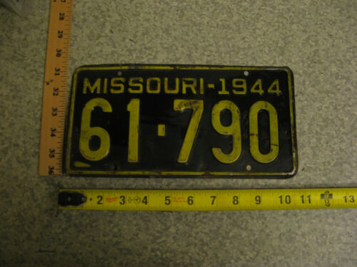 1944 44 MISSOURI MO LICENSE PLATE TAG #61-790