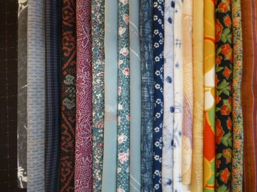 #200 Japanese Kimono Fabric, Scrap Remnants, 20 piece Bundle