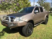 HILUX SR5 4WD LIFT KIT 33's  IMMACULATE CONDITION Lansvale Liverpool Area Preview