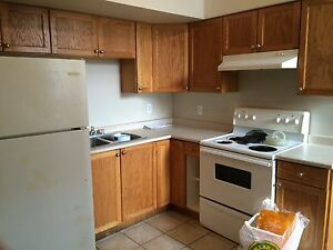 3 BDRM APT $849 PLUS GAS & HYDRO - AVAILABLE JULY 1
