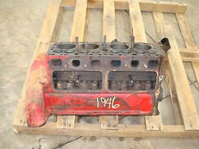 1946 Ford 2n Tractor Engine Block 8n 9n