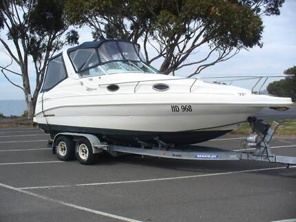 Mustang Boat Clubsport 2400
