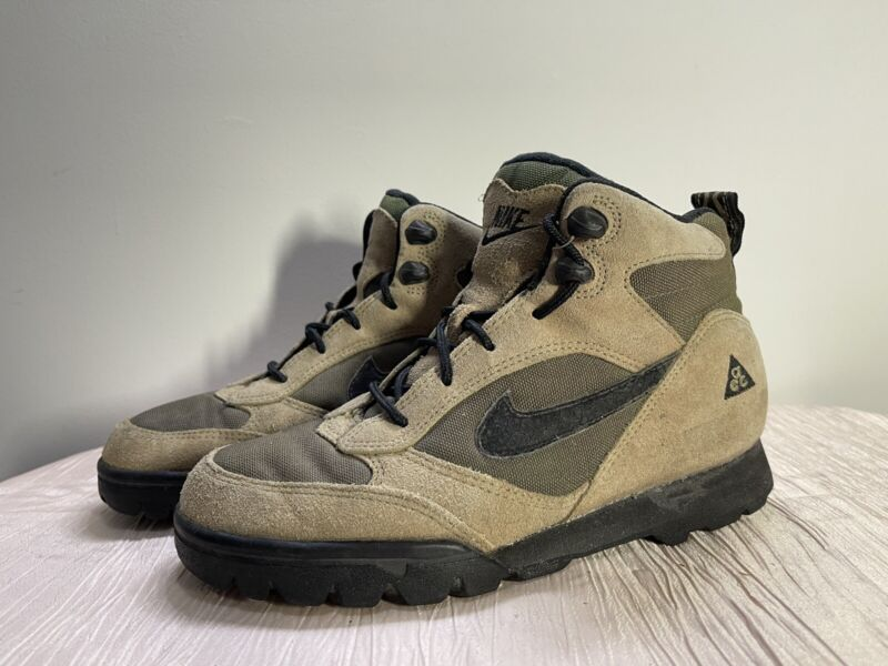 Vintage Nike Womens ACG Green Brown Leather Hiking Boots 94110-IA Size 7.5