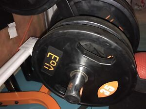 Vo3 weights with squat rack and bar