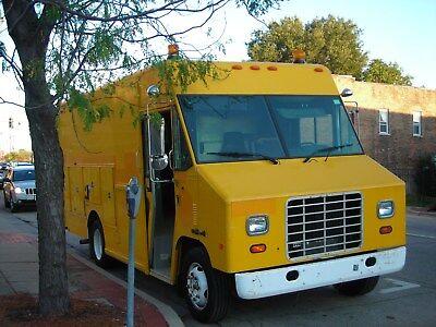 1998 International Utilimaster Step Van Food Truck 7.3 Diesel