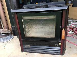 Heatcharm woodheater for sale Irymple Mildura City Preview