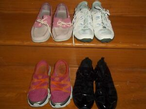 4 paires de souliers de pointure 8,5 et 9. 60 $ pour le lot Auba