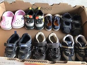 Lot of kids shoes $1- $3
