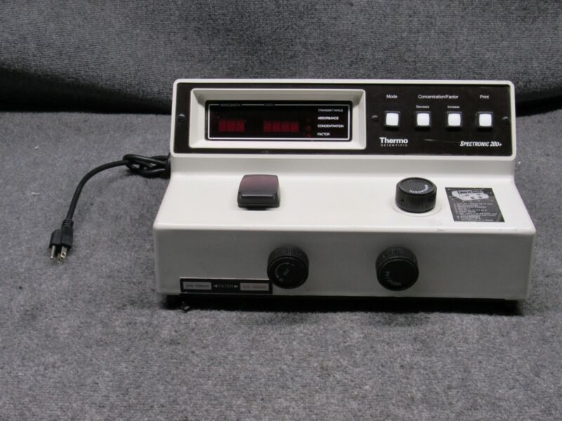 Thermo Scientific Spectronic 20D+ Digital Spectrophotometer 333183 *Working*