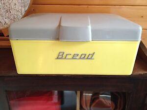 Retro Vintage Bread Tin Johns River Greater Taree Area Preview