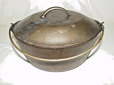 """Vintage No. 8 Dutch Oven Cast Iron Pot with Lid, 10-1/4"""""""