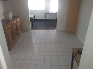 RENT ROOM - BROWNS PLAINS - Available now !! Browns Plains Logan Area Preview