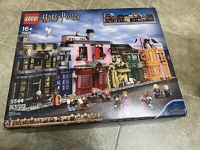 Brand New Unopened Lego Set #75978 Harry Potter Diagon Alley (5544 Pieces )