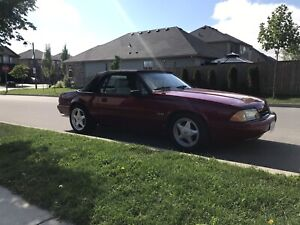 89 Ford Mustang convertible