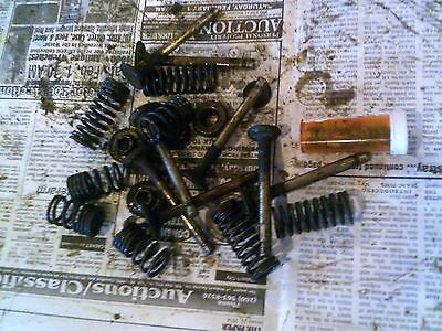 International Cub 154 Lb Tractor Ih Ihc Engine Motor Valve Springs Keepers Etc..