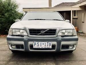 1999 Volvo V70 XC Automatic Wagon 4WD