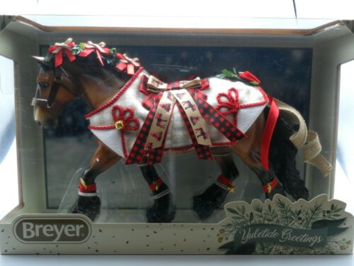 Breyer NEW * Yuletide Greetings * Christmas Holiday Traditional Model Horse