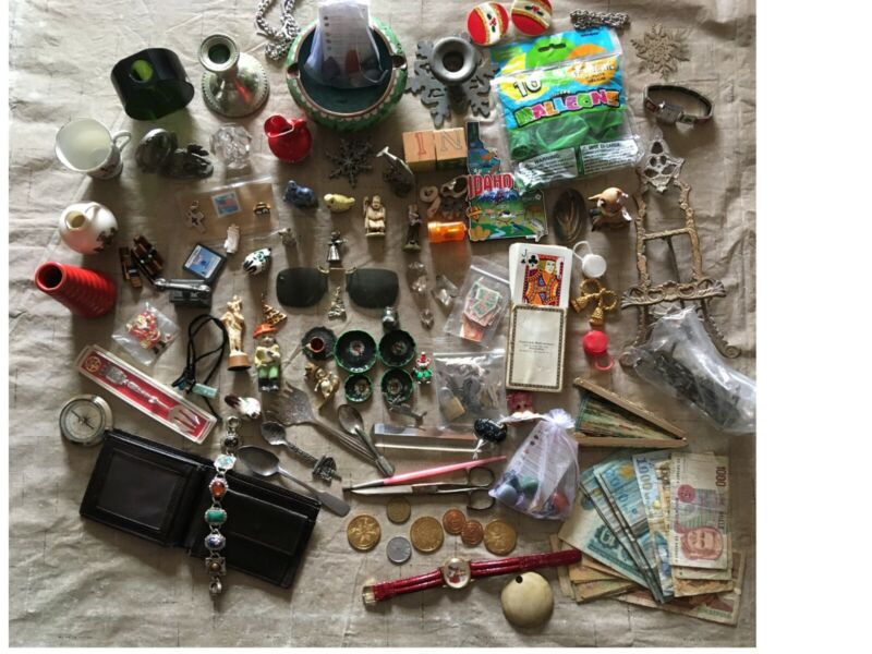 Lot 7 lbs+ of Collectible Miscellaneous Items Junk