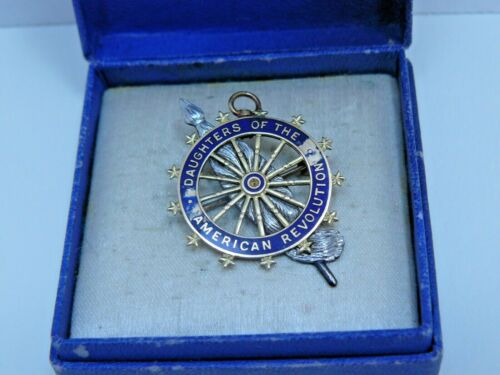 DAR Insignia Pin in Original Box - JE Caldwell & Co Vintage Early 1900s