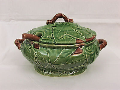 Bordallo Pinheiro Green Maple Leaf Soup Tureen & Ladle-Large Oval 12""