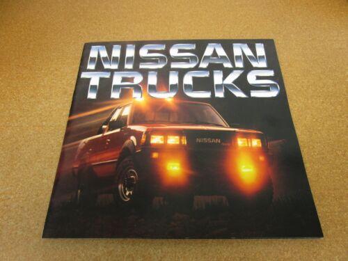 ORIGINAL 1985 Nissan Truck pickup sales brochure 24 page dealer literature