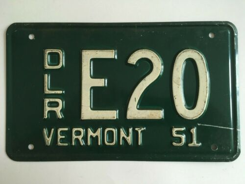 1951 Vermont License Plate Low Number DEALER All Original Shorty