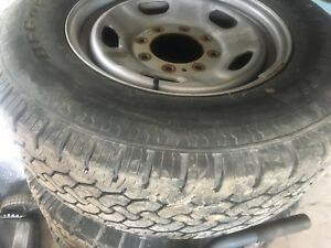 Set of 4 tires LT245/75R17 on rims for Ford f250 f350 super duty
