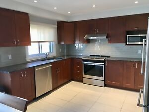 Saint-Leonard - Beautiful 5 1/2 Furnished -  Available