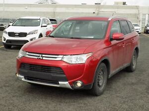 2015 Mitsubishi Outlander GT 7 passagers Navigation + Toit ouvra