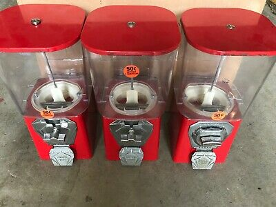 3 Oakaa 1 Toy Capsule Vending Machines
