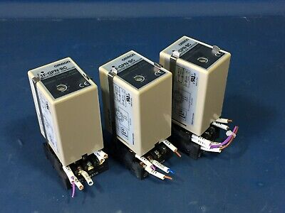 Omron 16f-gpn-bc Conductive Level Controller 220v Lot Of 3
