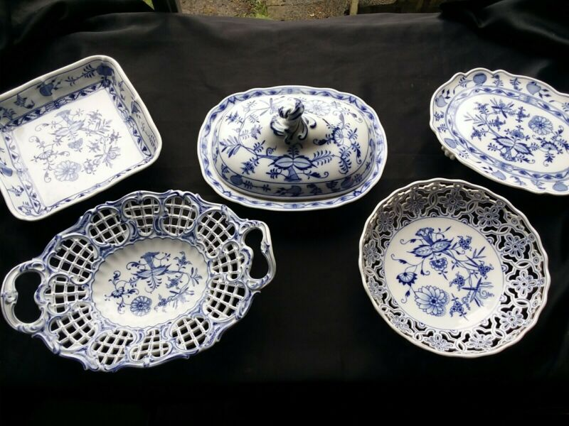 Lot-Meissen Blue Onion stamped crossed swords reticulated basket footed tureen