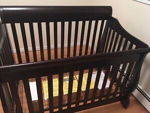 Shermag Preston Crib in Espresso 4 in 1