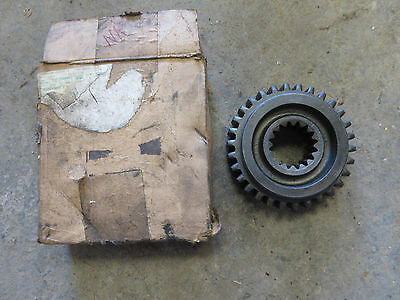 John Deere B 50 520 530 B3613r Sliding Gear Shaft Drive Transmission Gear Nos