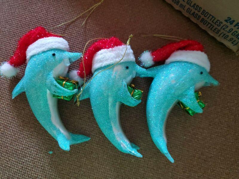 DOLPHIN CHRISTMAS ORNAMENT ~ NEW