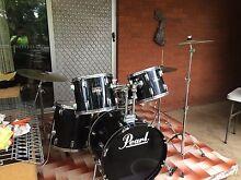 Pearl Forum Series Drum Kit Set Paiste Drums Hardware Blacktown Blacktown Area Preview