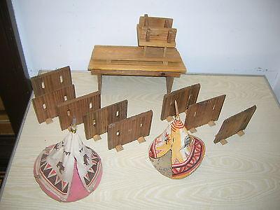 DDR Western Fort Palisaden & Tipi - für Indianer & Cowboy Figuren  ca.60er Jahre