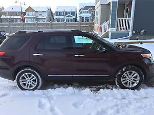 2011 Ford Explorer, fully loaded xlt