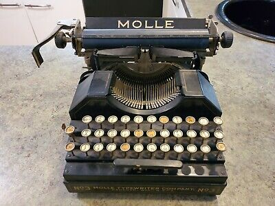 Antique MOLLE No 3 Portable Typewriter Oshkosh Wisconsin WORKS